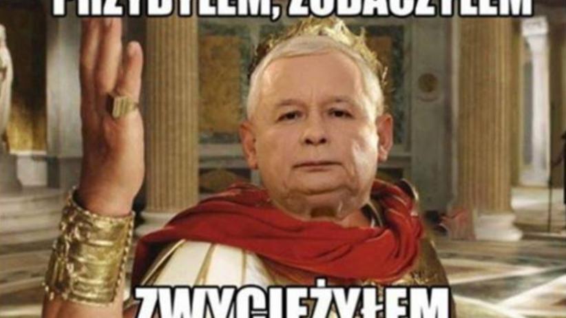 Znalezione obrazy dla zapytania jarosław Kaczyński foto z Torunia